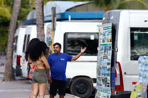 Agenciadores de turismo dizem que procura por passeios às praias continua normal